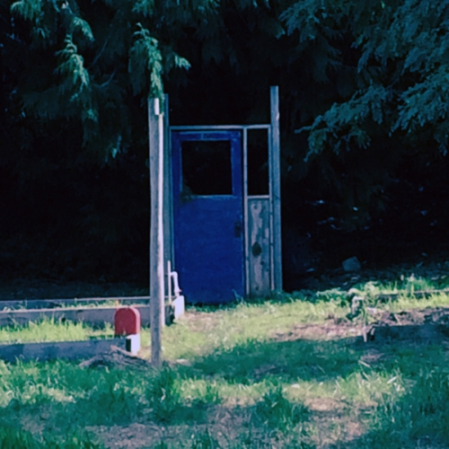 bluedoor-sq-600